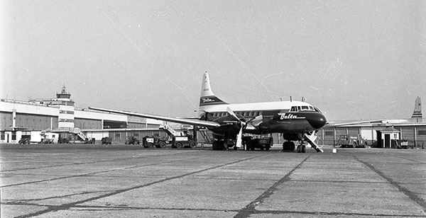 Delta Convair 440 at YIP, 1957