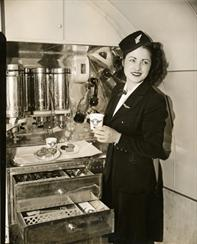 dc-3_galley_coca-cola_1941