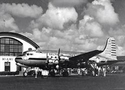 Delta DC-4 in Miami