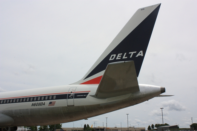 delta airlines b the launch of song United to shut down ted airlines by mike beirne | june 5, 2008 share less than a year after delta air lines introduced song having tallied a little more than $2 million in us media during its launch year of 2004.