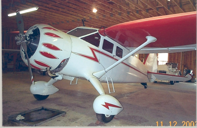 Stinson Reliant before repaint in NEA livery